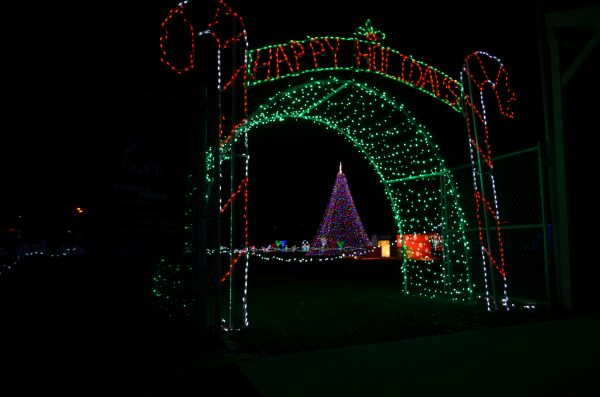 Drive Thru Christmas Light Displays Near Me.Holiday Lights At Veterans Park Cherokee County Chamber Of